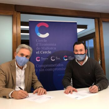 Firma del acuerdo de colaboración con Refinería web